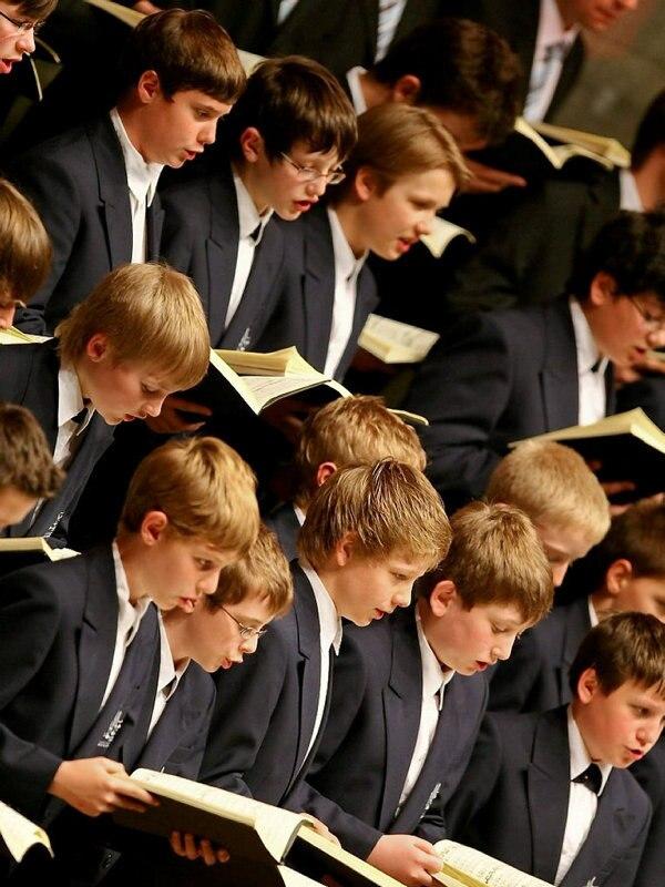 Himmlische Stimmen - Die Regensburger Domspatzen
